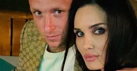 Алана Мамаева официально развелась с Павлом Мамаевым