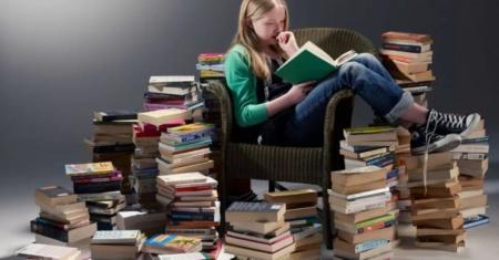Что почитать подростку летом: перечень книг